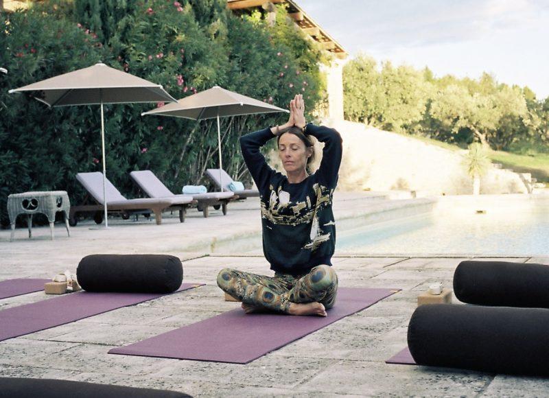 32. Sybille Piscine yoga 1387-24 - copie